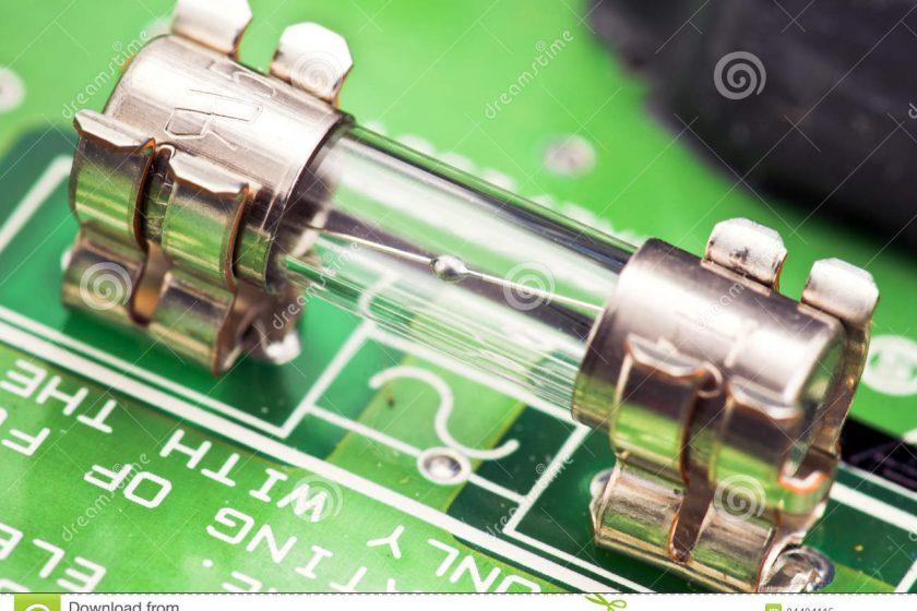 Electronic fuse