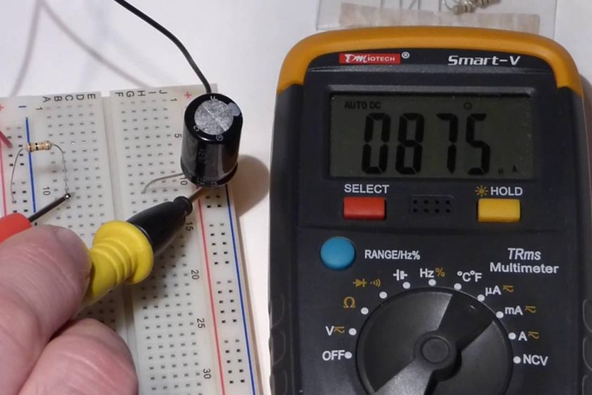 Measuring capacitors