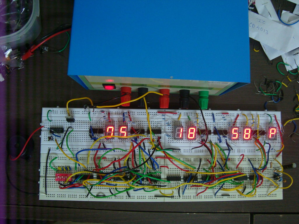 Circuit Diagram Of Digital Clock Using Counters 6 Hour Timer The Most Important Thing To Know Is When Dealing With Circuits Vcc Almost Always Means 5v I Have Not Uploaded Any Schematic Here
