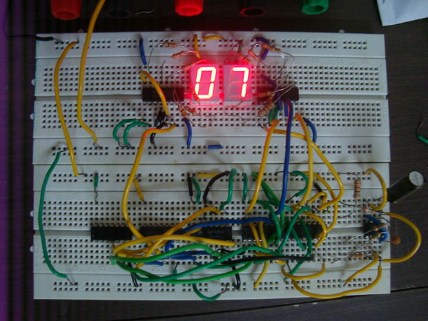 Circuit Desolator Digital Clock Based On 74ls90