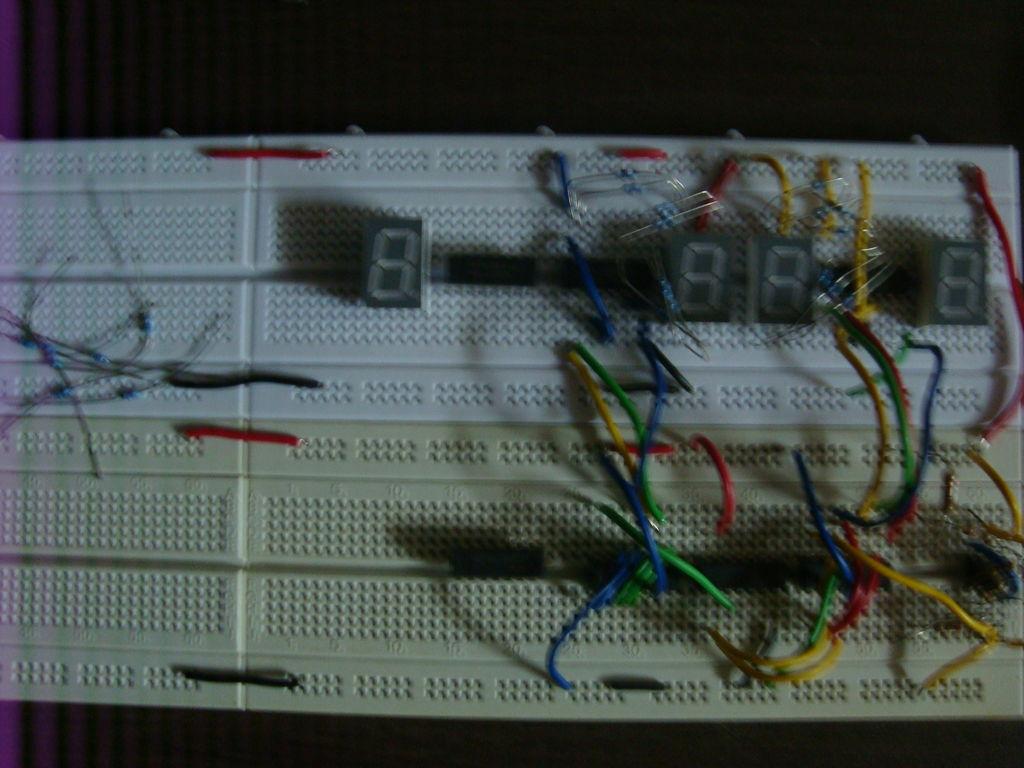 Static Lcds And Pics Digital Clock Circuit Schematic Diagram