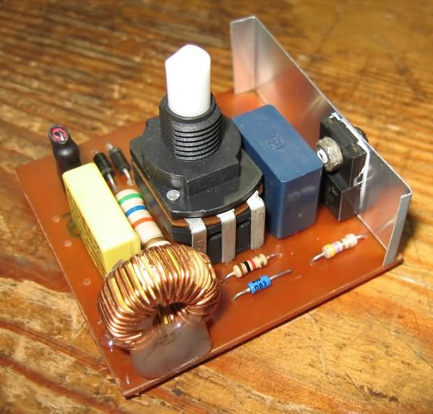 Dimmer Circuit For 40w Soldering Iron Schematic Circuit