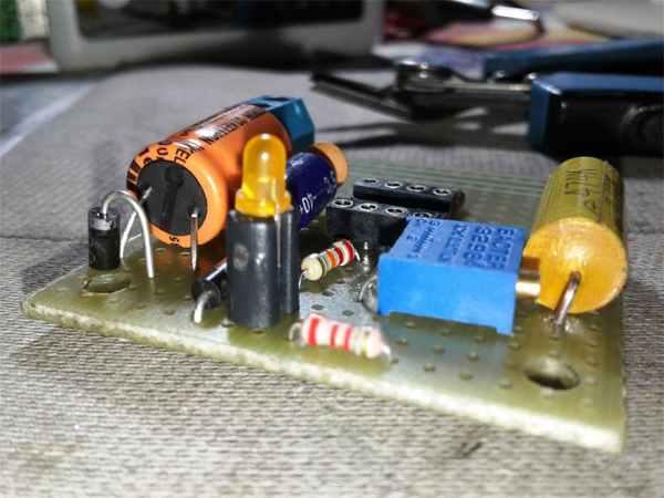 Simple Digital Signal Inverter Project Schematic Circuit Diagram 10